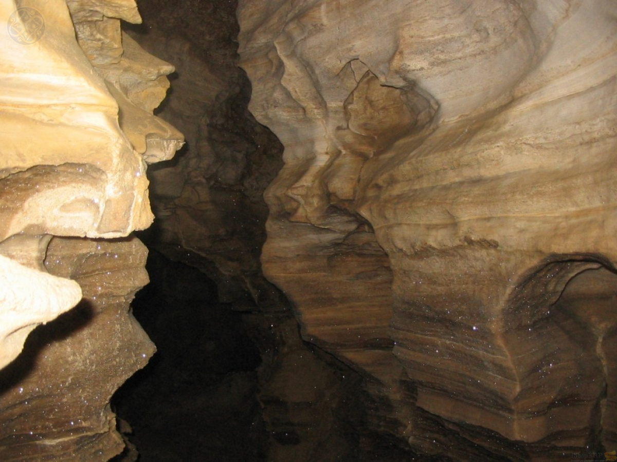 Кривче. Хрустальная пещера